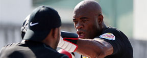 Dana diz que Spider pode encarar Jon Jones neste ano se vencer Weidman (Photo by Josh Hedges/Zuffa LLC/Zuffa LLC via Getty Images)